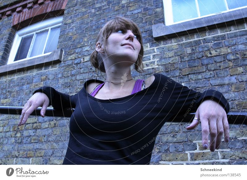 na smaller.... Woman Sweater Top Carrier Black Violet London Vacation & Travel Hand Necklace House (Residential Structure) Brick Wall (barrier) Window Fingers