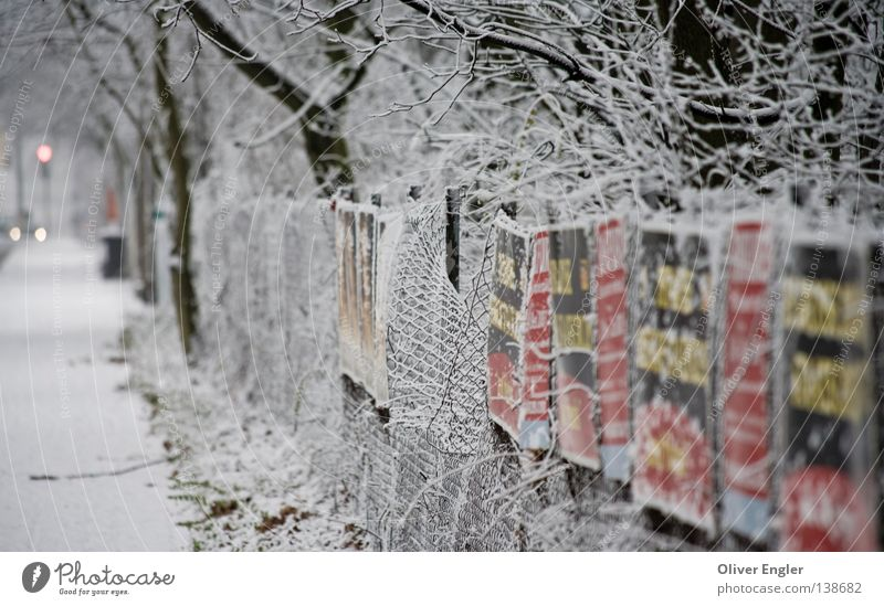 White Tree City Winter Street Snow Signs and labeling Frankfurt Traffic infrastructure Fence Circus Loop Deciduous tree Small sausage