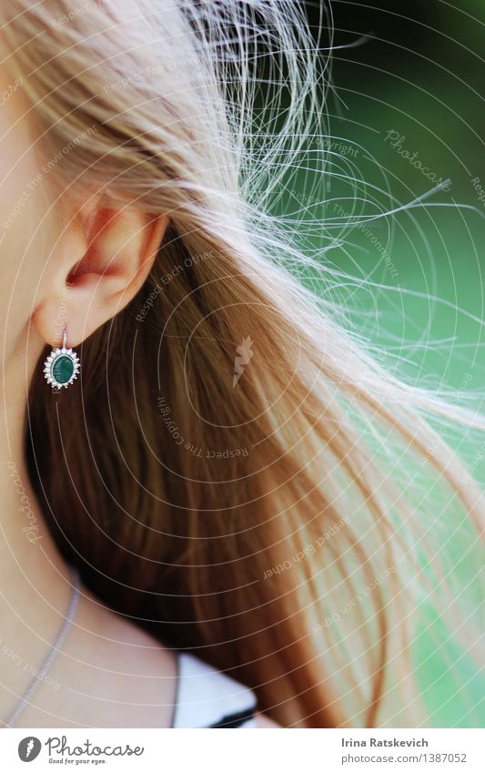 Green earrings Young woman Youth (Young adults) Skin Hair and hairstyles 1 Human being 18 - 30 years Adults Fashion Clothing Accessory Jewellery Earring Blonde