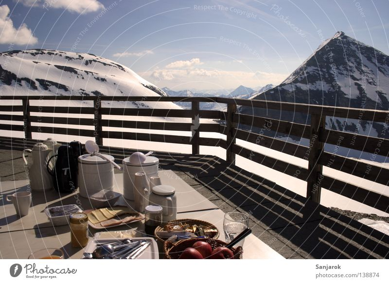 Winter Clouds Snow Relaxation Mountain Freedom Contentment Tall Vantage point Gastronomy Peak Balcony Breakfast Hut Jug Cup