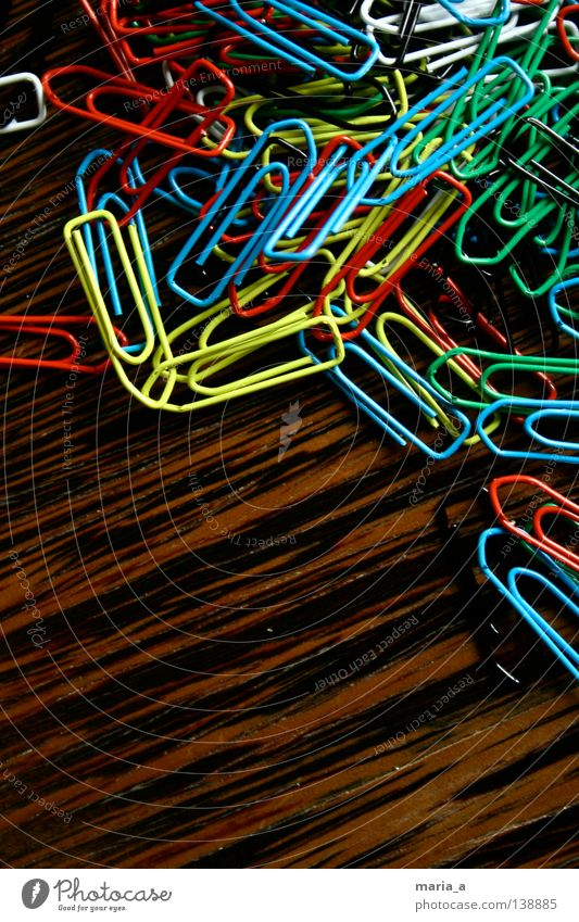 Blue Green White Yellow Wood Attachment Statue Chaos Muddled Wire Flexible Wood grain Stationery Paper clip Reddish black