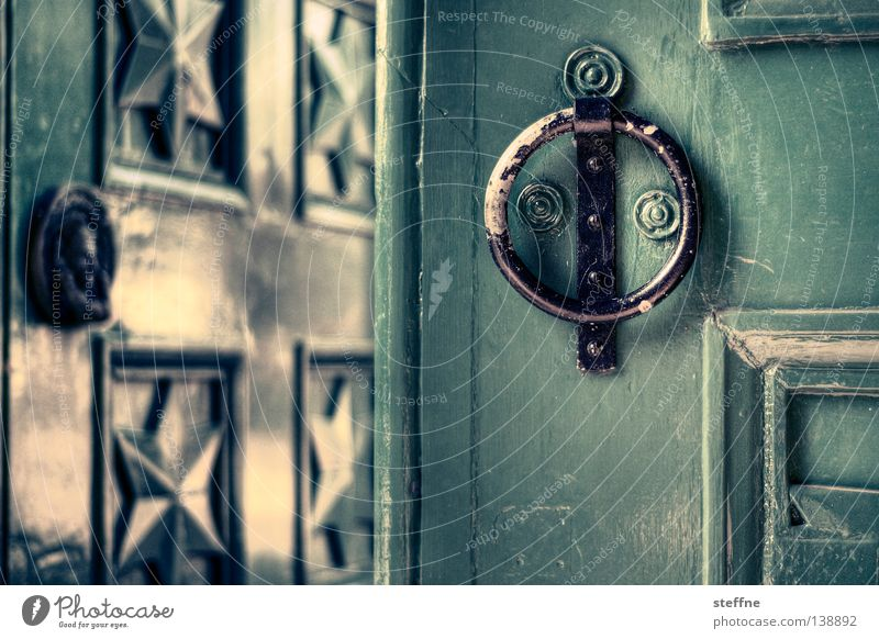 Green House (Residential Structure) Door Living or residing Gate Entrance England Passage Knocker