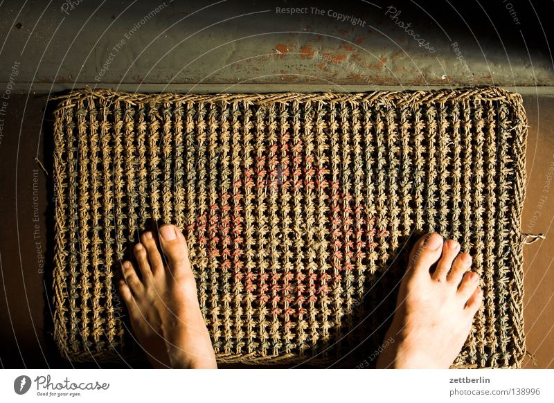 Human being Feet Door Flat (apartment) Wait Stand Living or residing Trust Staircase (Hallway) Entrance Barefoot Visitor Doormat Sisal