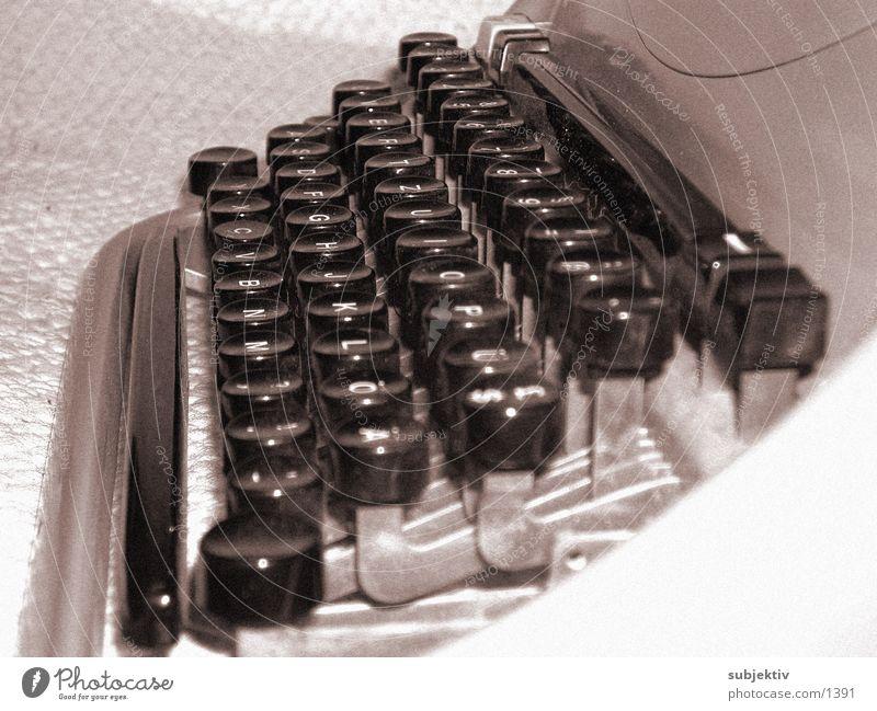 Olivetti 2 Typewriter Text Things Write
