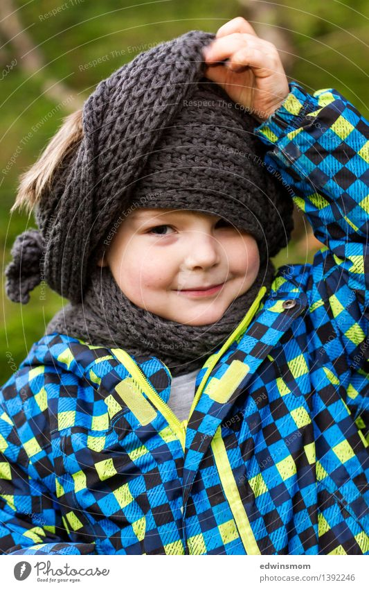 Human being Child Blue Green Joy Face Autumn Boy (child) Small Gray Masculine Wild Leisure and hobbies Infancy Stand Happiness