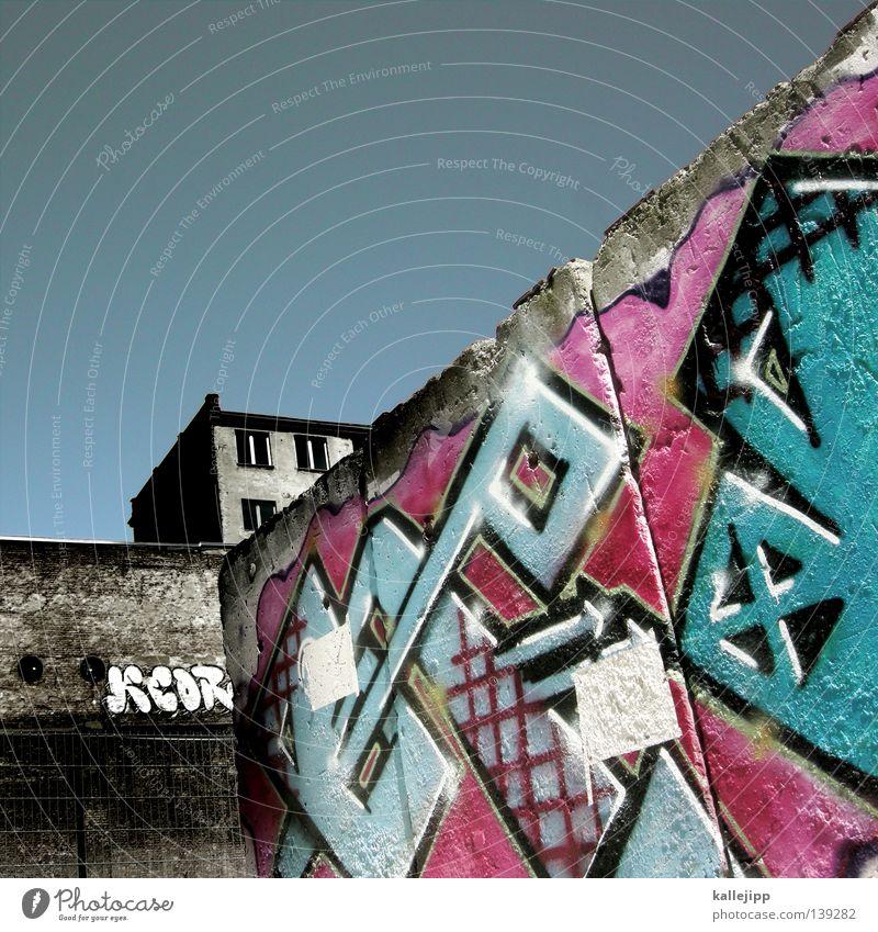 Sky City House (Residential Structure) Wall (building) Window Wall (barrier) Graffiti Pink Rent Backyard Cyan Tenant Magenta Art
