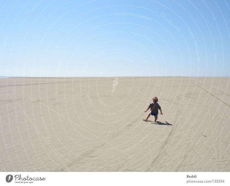 Child Sky Ocean Summer Beach Loneliness Far-off places Freedom Sand Horizon Desert Rømø
