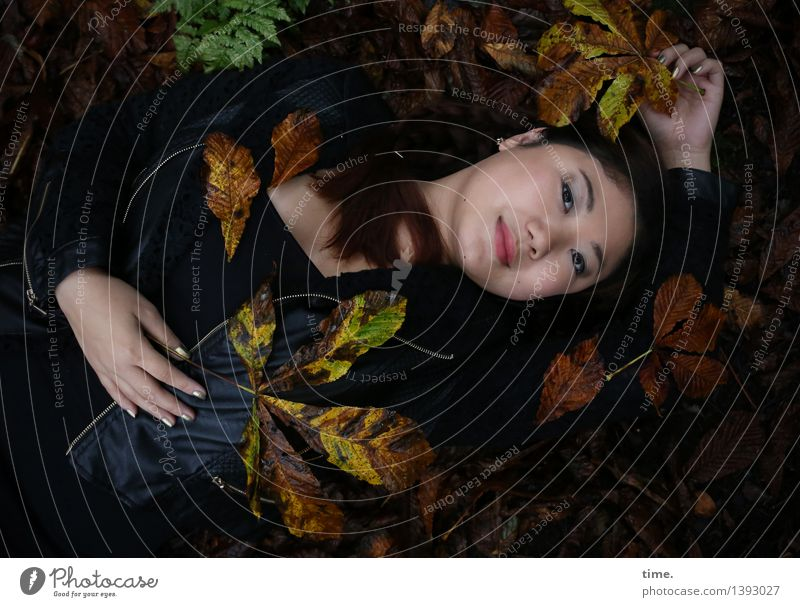 . Feminine 1 Human being Environment Nature Landscape Autumn Autumn leaves Forest Jacket Black-haired Long-haired Observe Relaxation To enjoy Smiling Lie