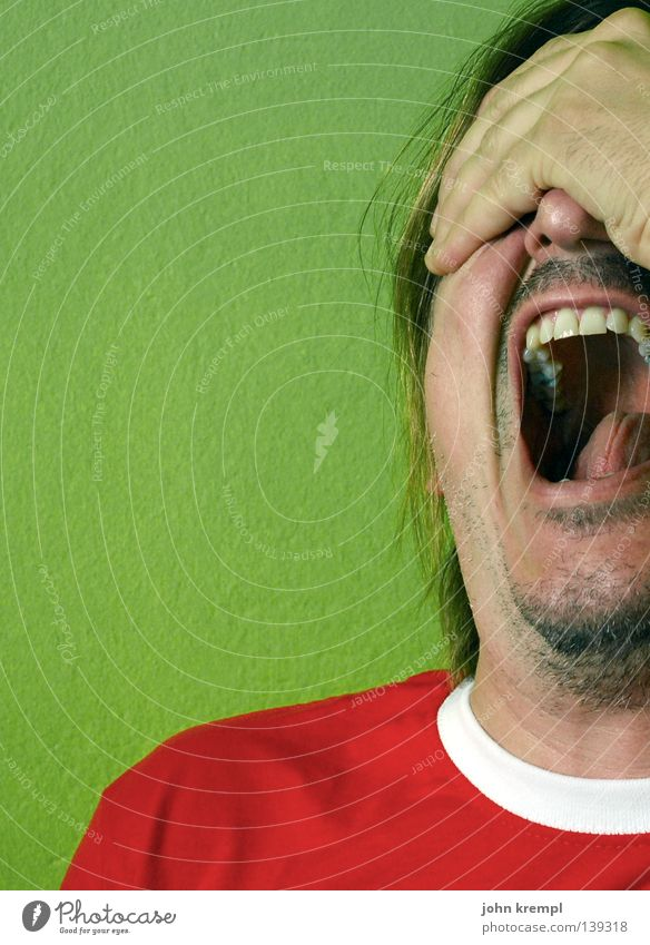 Man Hand Green Red Face Fear Teeth Italy Anger Scream Pain Panic Aggravation Loud Dramatic Madness