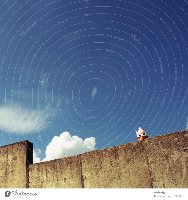 Human being Sky Man Blue Hand White Summer Joy Wall (building) Gray Jump Style Wall (barrier) Funny Horizon Dance