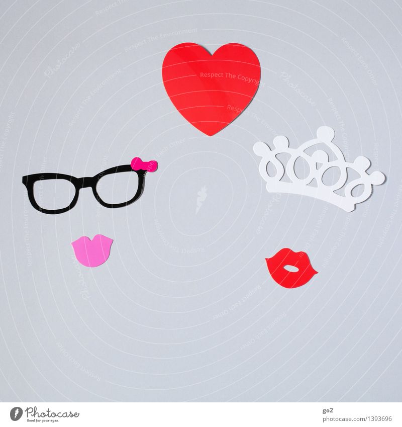 Olivia & Scarlett Leisure and hobbies Handicraft Valentine's Day Feminine Homosexual Woman Adults Mouth Eyeglasses Paper Crown Sign Heart Kissing Esthetic