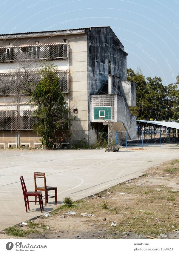 leisure Laos Vientiane Backyard Summer Sporting grounds Leisure and hobbies Playing Traffic infrastructure Ball sports Basketball two chairs Blue sky