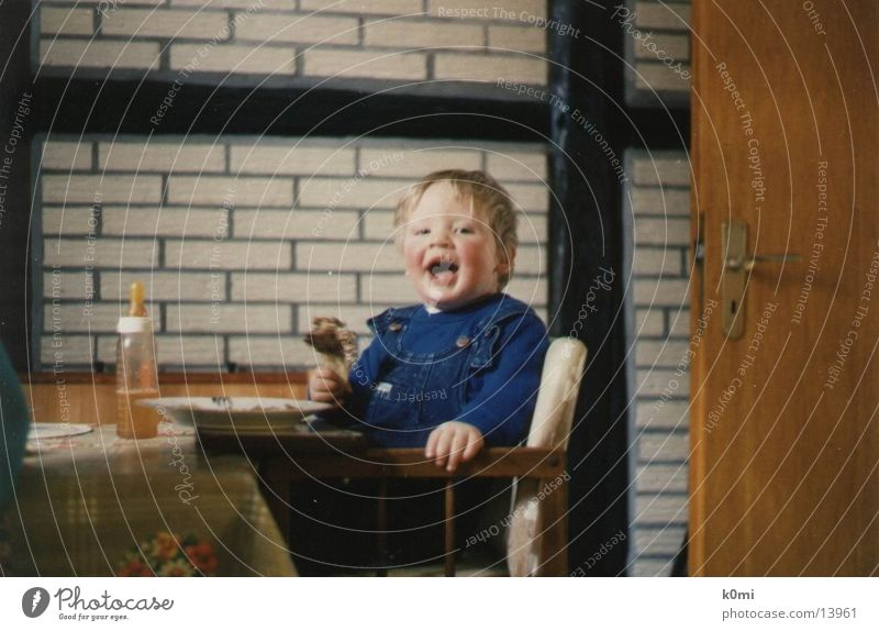 Child eating :) Cudgel Human being Nutrition Baby's bottle