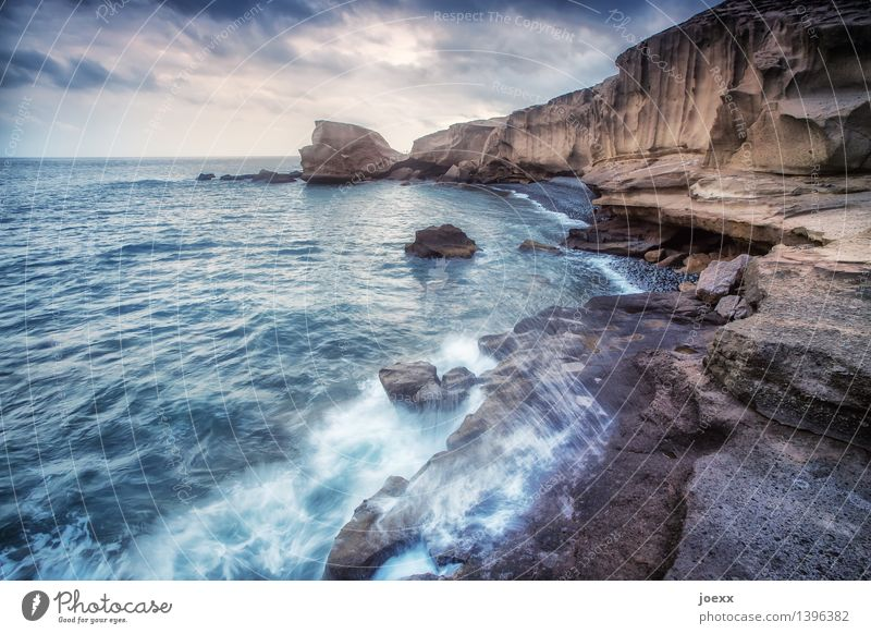 Sky Nature Blue White Ocean Landscape Clouds Far-off places Environment Coast Brown Rock Horizon Wild Waves Large