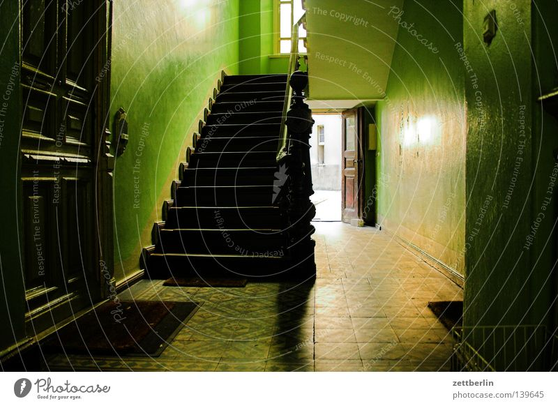 House (Residential Structure) Berlin Flat (apartment) Door Stairs Living or residing Farm Story Banister Staircase (Hallway) Backyard Tenant Passage