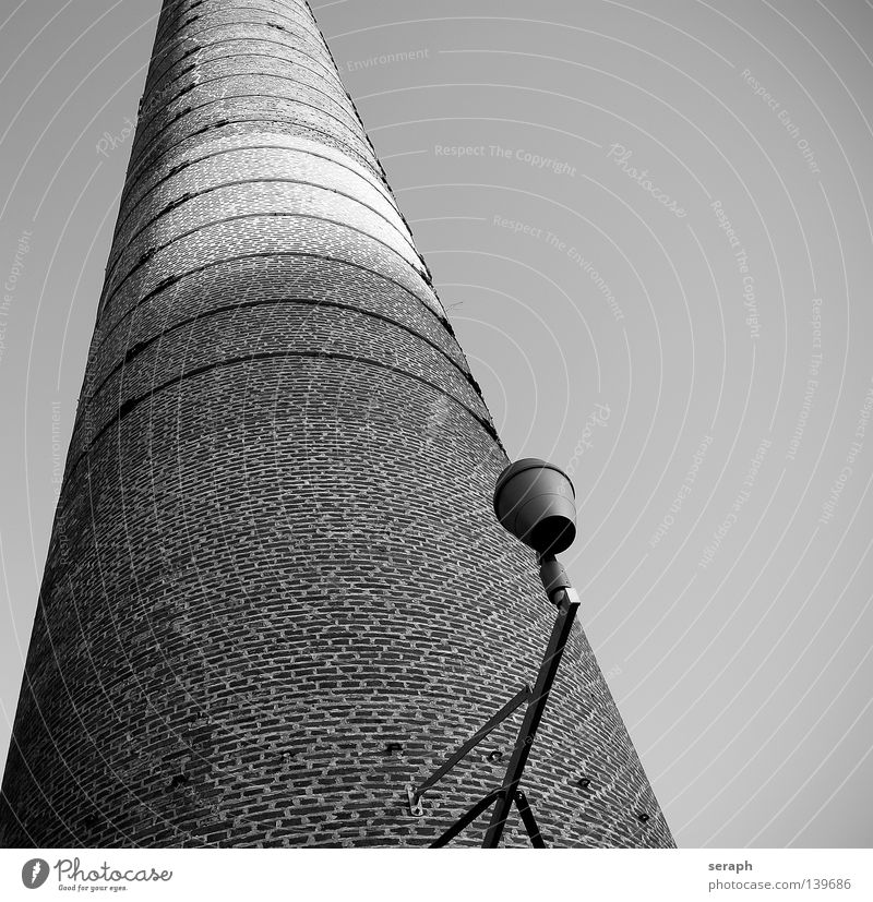 Chimney Sky Old White Black Environment Architecture Lighting Background picture Building Stone Lamp Perspective Technology Vantage point Tall Industry