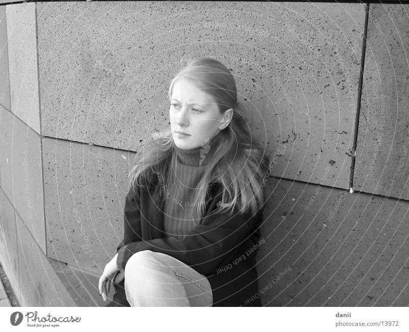 the dani Feminine Woman Human being Black & white photo