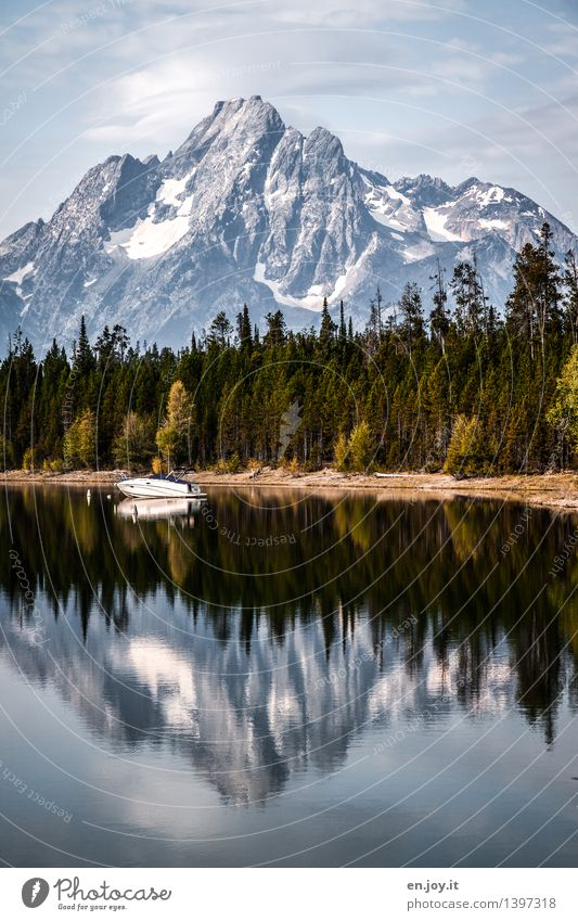 Sky Nature Vacation & Travel Relaxation Loneliness Landscape Calm Forest Mountain Freedom Lake Leisure and hobbies Tourism Idyll Trip Adventure