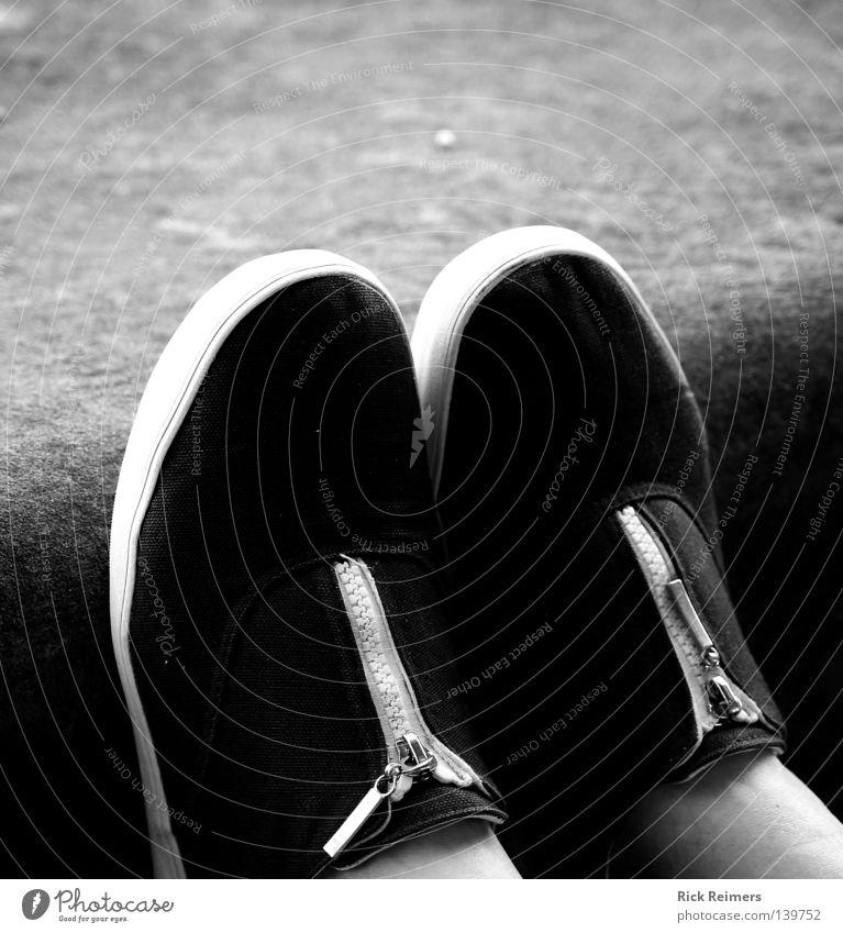 White Black Relaxation Wall (building) Wall (barrier) Stone Art Moody Footwear Culture Trust High heels Zipper