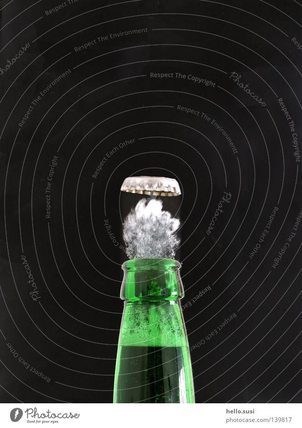 Green Speed Beverage Drinking Beer Bottle Snapshot Dynamics Alcoholic drinks Foam Thirst Pressure Steam Bottle of beer Neck of a bottle Noise