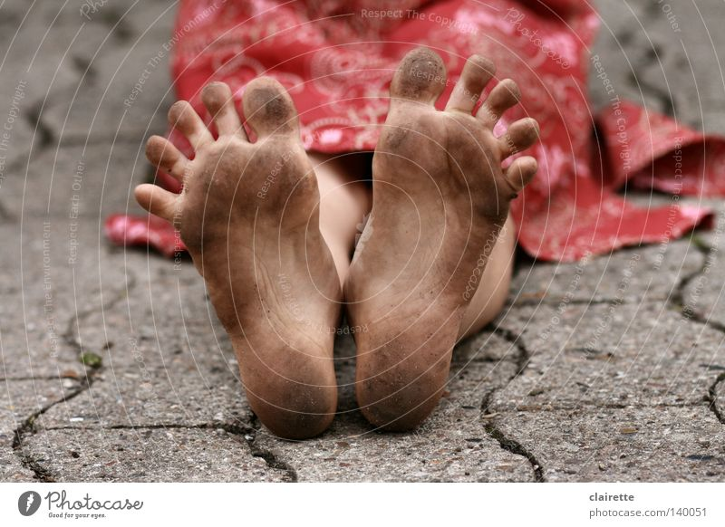 Black Splay Foot Colour photo Multicoloured Exterior shot Summer Child Human being Girl Feet 1 3 - 8 years Infancy Dress Dirty Wild Red Toes Children's foot