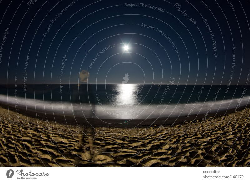 moonshine Moon Beach Lighting Reflection Celestial bodies and the universe Ocean Waves Surf Fisheye Horizon Ghosts & Spectres  Human being Man Stand Transparent