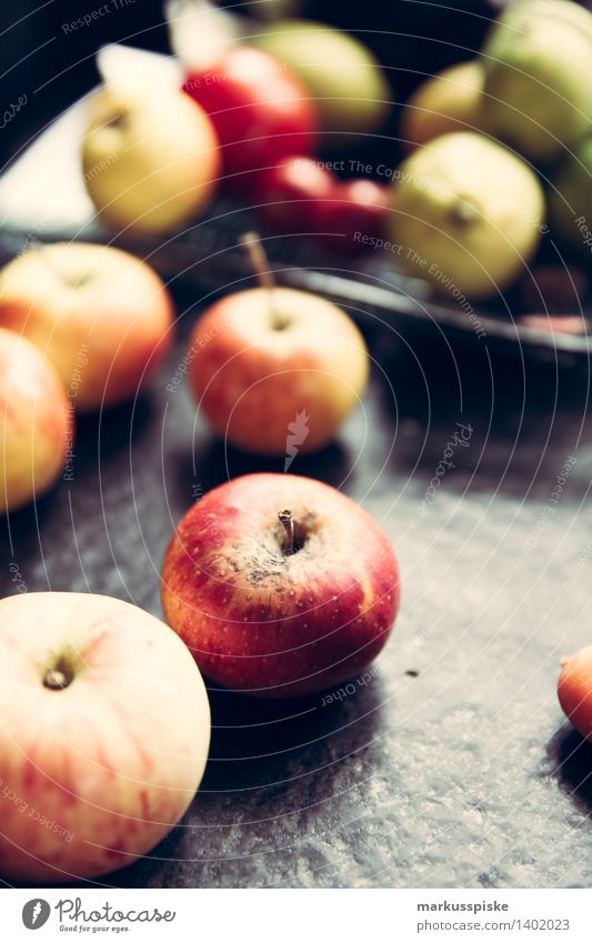organic apples Food Apple Nutrition Eating Breakfast Buffet Brunch Picnic Organic produce Vegetarian diet Diet Fasting Lifestyle Healthy Healthy Eating Fitness