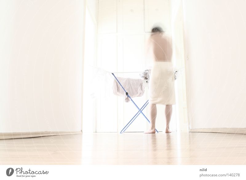 Man White Calm Bright Flat (apartment) Perspective Living or residing Clean Middle Washing Laundry Dry Household Parquet floor Hang up Overexposure