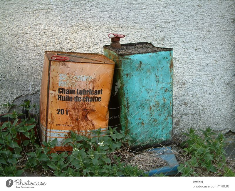 old friends... Canister Green Wall (building) Friendship Containers and vessels Gasoline Things Old Orange Oil Rust