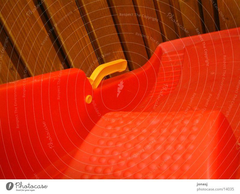 Red Yellow Snow Wood Leisure and hobbies Barn Sleigh Burl Joist