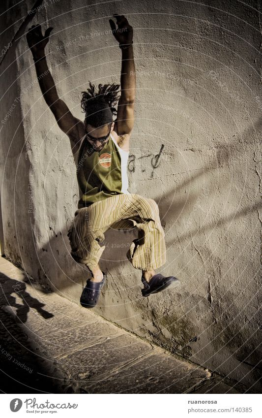 Jump Man Youth (Young adults) Life Movement Power Energy Energy industry Might Grid Salto Dreadlocks Busker Young man Vigor Vital Energy