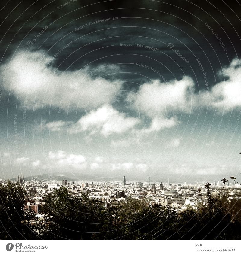 City House (Residential Structure) Bird's-eye view Barcelona La Sagrada Familia