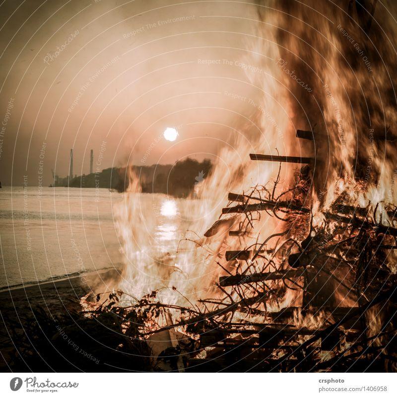 Environment Warm-heartedness Fire Elbe Easter fire Elbufer