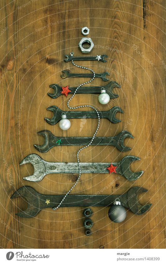 Christmas tree for craftsmen: different sized wrenches with chain Christmas decoration Leisure and hobbies Feasts & Celebrations Christmas & Advent