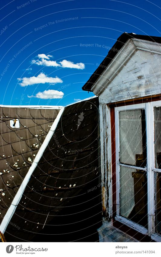 dream of summer Blue Sky Clouds White Cumulus Line House (Residential Structure) Roof Window Wood Old Tumbledown Derelict Weathered Contrast Sky blue Summer
