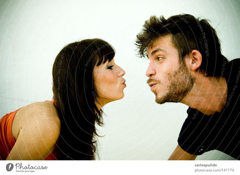 funny kiss Joy Kissing beso Funny divertido Lovers Eros amantes belleza guapa chica mujer
