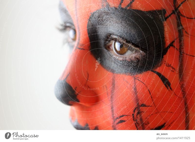 Make-up Carnival Hallowe'en Child Infancy Face Eyes 1 Human being 8 - 13 years Actor Looking Esthetic Authentic Exotic Fantastic Orange Black Bizarre Colour