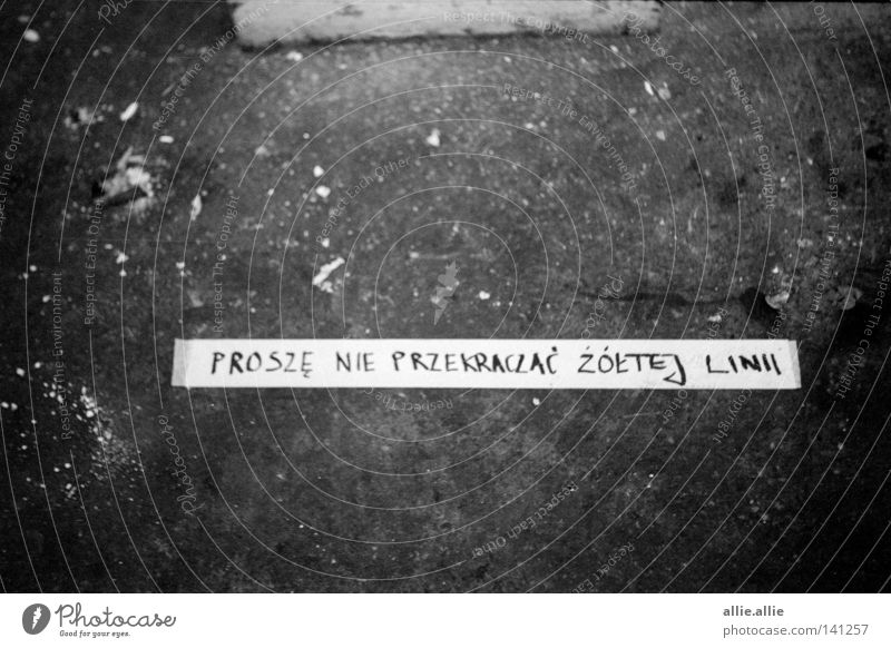 thin yellow line Yellow Ground Thin Wrinkle Tramp Cross Black & white photo