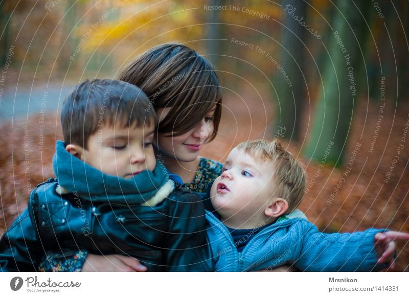 trio Child Baby Toddler Girl Boy (child) Brothers and sisters Sister Family & Relations Infancy Youth (Young adults) 3 Human being Group of children