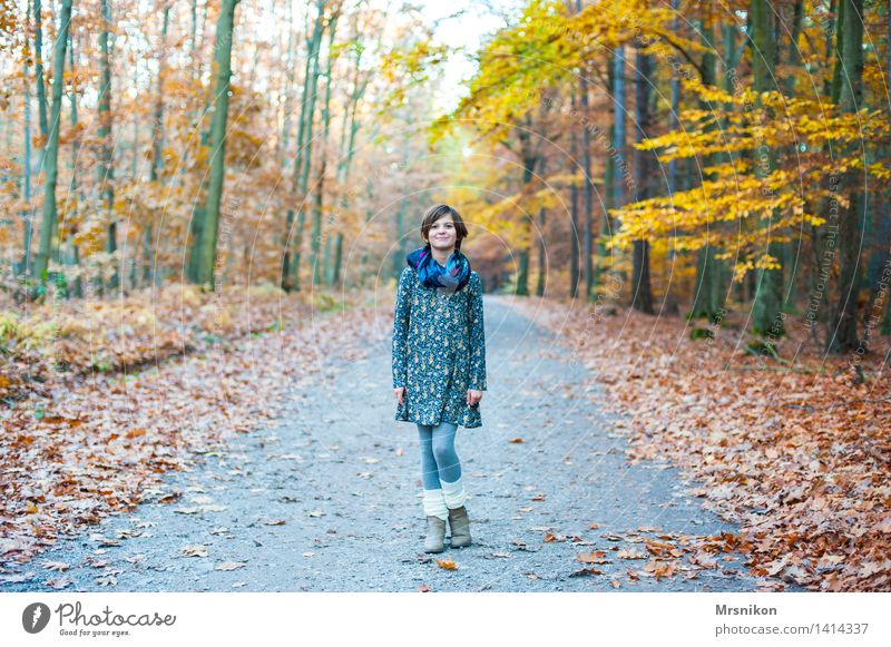here i am Feminine Girl Infancy Youth (Young adults) Life 1 Human being 8 - 13 years Child Nature Autumn Forest Stand Autumnal Automn wood Autumn leaves
