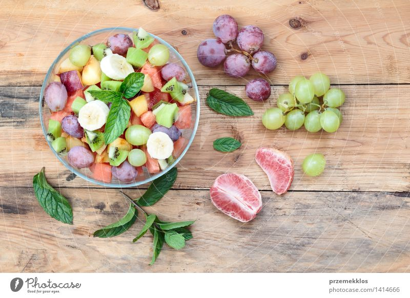 Salad with fresh fruits and vegetables Food Vegetable Fruit Nutrition Lunch Organic produce Vegetarian diet Diet Bowl Table Wood Simple Fresh Bright Delicious