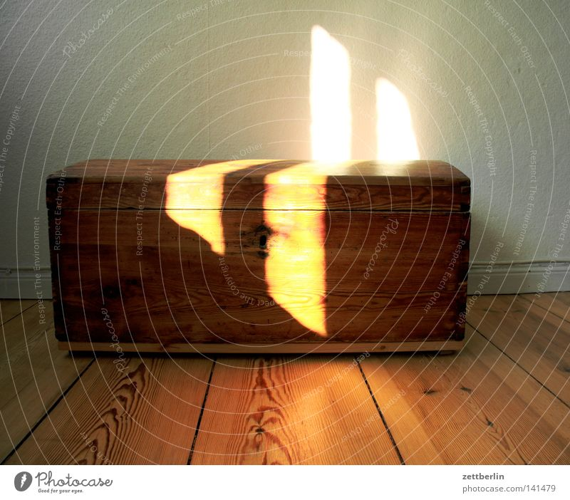 treasure Crate Wooden box Treasure chest Chest Pirate Mysterious Gold Precious stone Sun Light Morning Sunrise Furniture Living or residing Safety cabinet rest