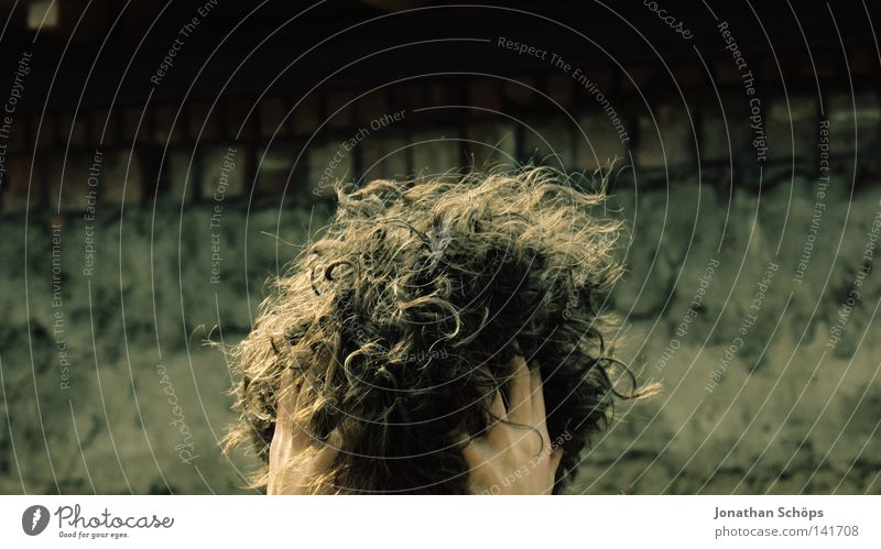 curling ball Hair and hairstyles Waves Ball Human being Girl Head Hand 1 Wall (barrier) Wall (building) Curl Touch Round Many Grief Distress Middle Muddled