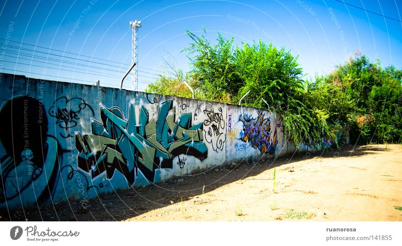 Graff Letters (alphabet) Art Painting and drawing (object) Wall (building) Tree Sky Sand Hurdle Graffiti Arts and crafts  Colour Emanation Wall (barrier) Spray
