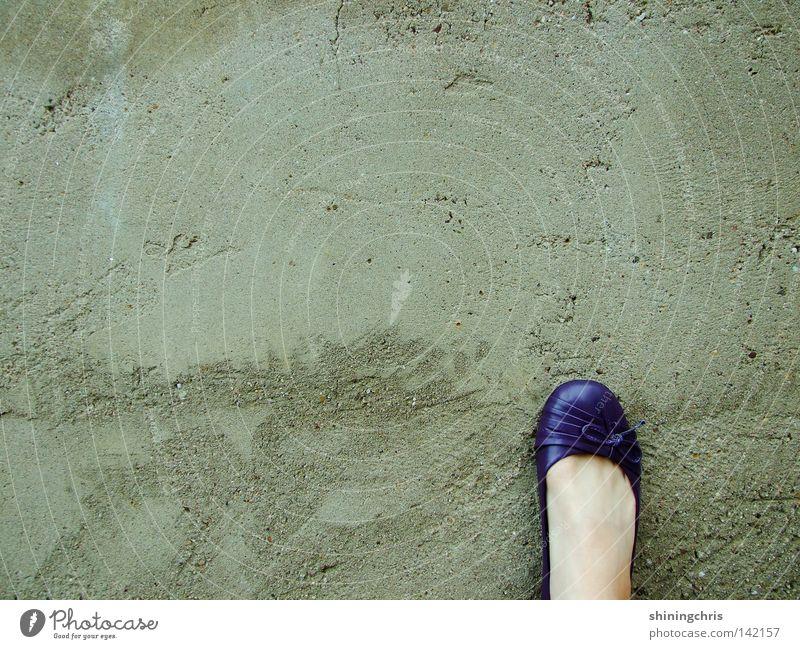 Woman Autumn Wall (building) Gray Wall (barrier) Feet Footwear Skin Bow