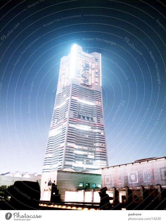 Sky-Craper @ night! High-rise Night Architecture Tall Modern