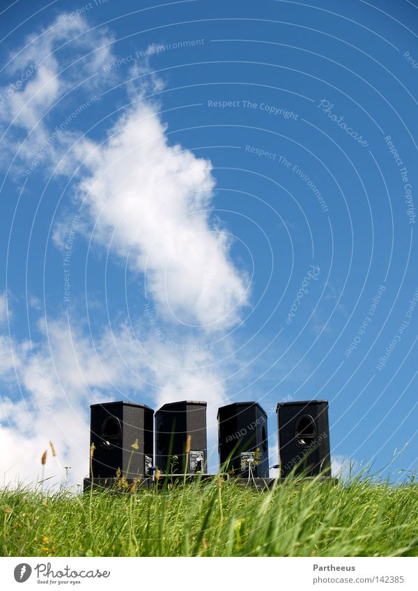 SoundNatures Loudspeaker Music Meadow Green Sky Blue Beautiful weather Blue sky Clouds Dance Dance event Emotions Clang Party Outdoor festival Club sonication