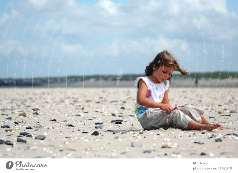 Child Sky Vacation & Travel Ocean Summer Beach Clouds Relaxation Warmth Sand Coast Stone Lake Contentment Arm Sit