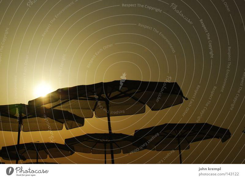 Sun Ocean Summer Beach Coast Sunshade Dusk UFO Celestial bodies and the universe Weather protection Malta
