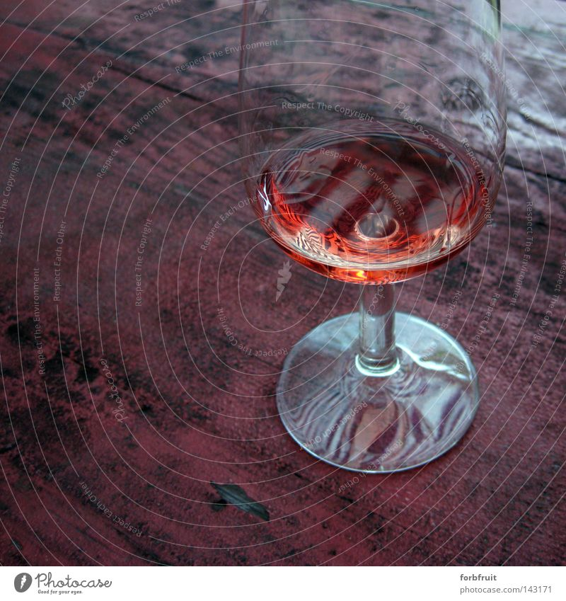 Satured Still Life Glass Attempt Wine Alcoholic drinks Beverage Table Arrangement Structures and shapes Wood Old Weathered Surface Glittering Reflection Red